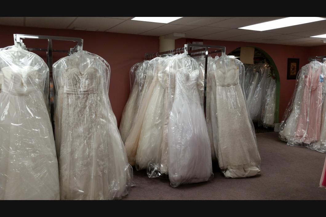 Hussey\'s General Store: Bridal Wear: Augusta, ME | Husseys General Store